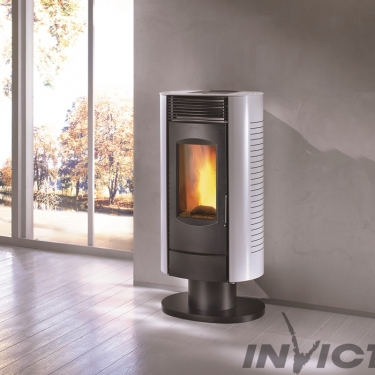 Arenga LP6 on pedestal pellet stove